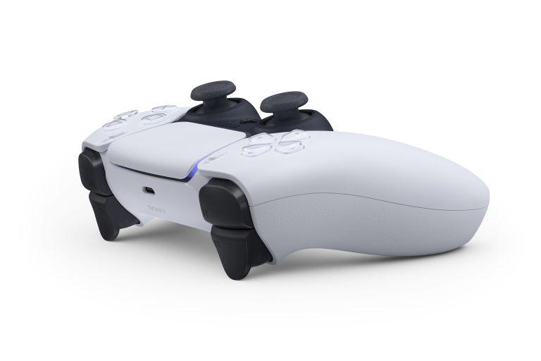 Xbox老大Phil Spencer称赞PS5 DualSense手柄