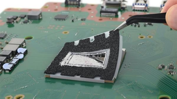 外媒iFixit评PS5可修复性:7分 非常易于维修